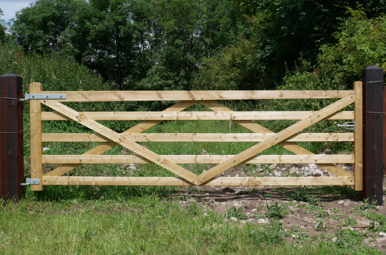3.6m Paddock Gate Left Hanging